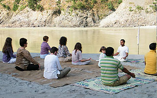 YOGA TEACHER TRAINING PROGRAM IN RISHIKESH